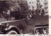 """Mezzo comando del Tenente Francesco Saverio Caccavella, comandante la Quinta """"a Cavallo"""". Rivista di presidio per la Festa della Repubblica, Milano, 2 giugno 1960. (Archivio Gen. Caccavella)"""